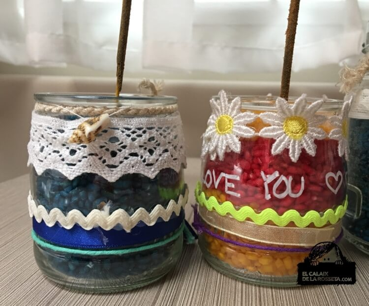 Botes decorados para incienso o velas